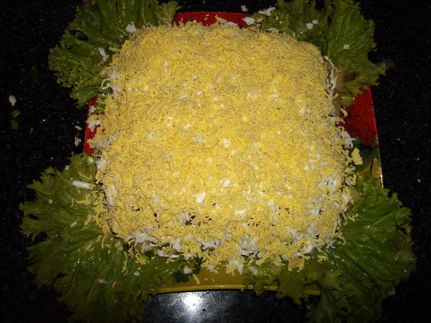 Салат из печени трески с сыром рецепт