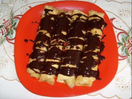Рецепт блинов с бананом и шоколадом - блины на Масленицу
