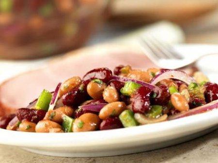 Рецепт постного салата с красной фасолью