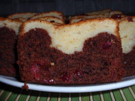 Рецепт двухцветного кекса с клюквой