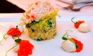 Рецепт салата «Оливье с мясом камчатского краба»