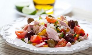 Рецепт салата с рисом и тунцом