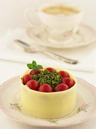 Рецепт - Мини торт из маскарпоне и вишни на День Валентина