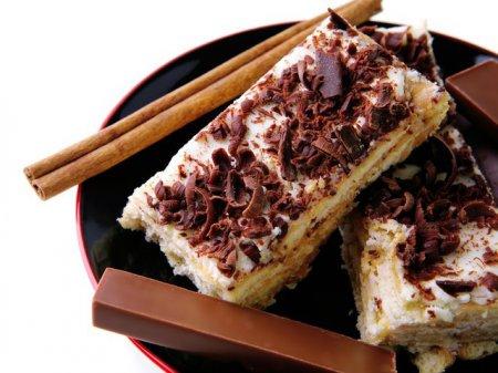 Рецепт пряничного  торта из бананов