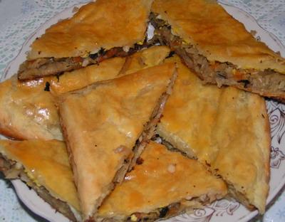 Рецепт слоеного пирога с творогом