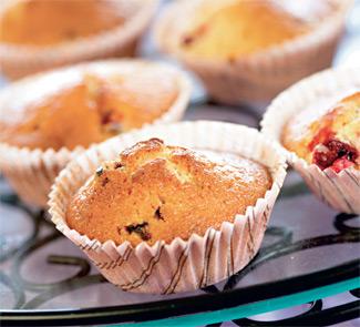 Вкусные маффины, рулет из фиников и бразильский десерт
