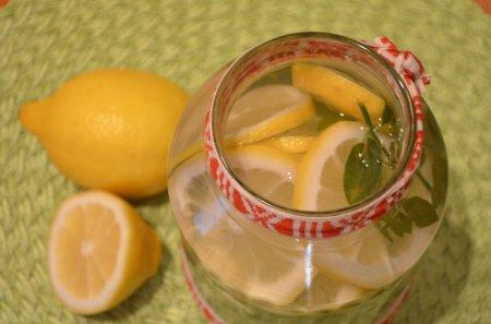 Лимонно-мятный квас