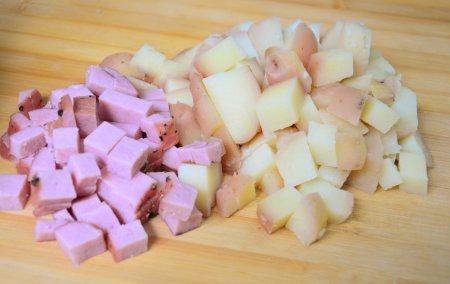 Турт с картофелем, ветчиной и грибами