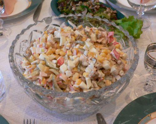 Салат рецепты и с кириешками