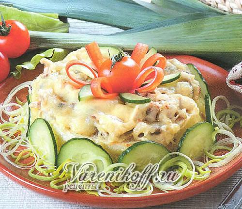 Закусочный торт из курицы с сыром