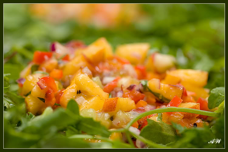 Салат с курицей и фисташками рецепт