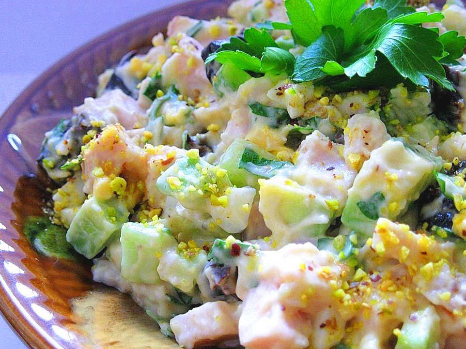 копченая грудка фрукты салат