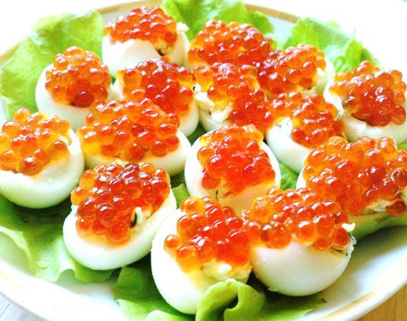 Бутерброды с красной икрой и яйцами рецепты