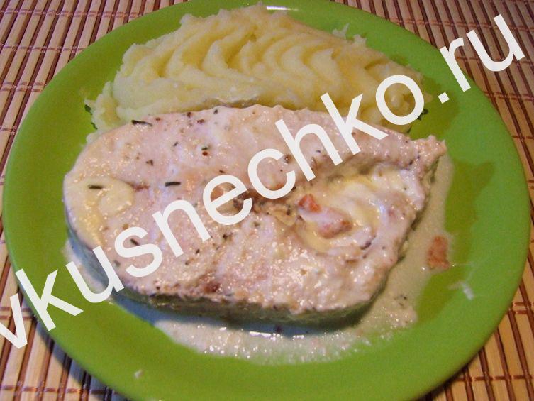 Как приготовить красную рыбу в сливочном соусе