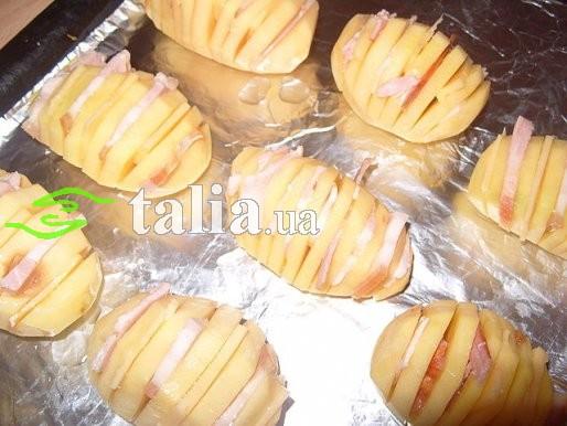 рецепт картошки запеченный целиком с салом