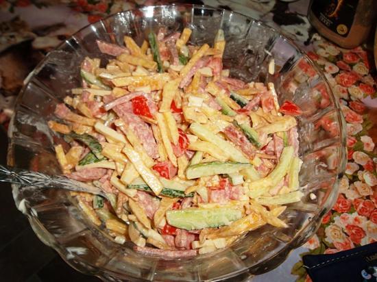 Рецепты салата из картофеля фри