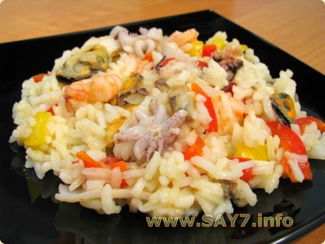 рецепт салата из морепродуктов морской коктейль с рисом